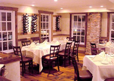upstairs-wine-room-night